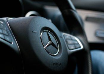 steering-wheel-2927406_1920